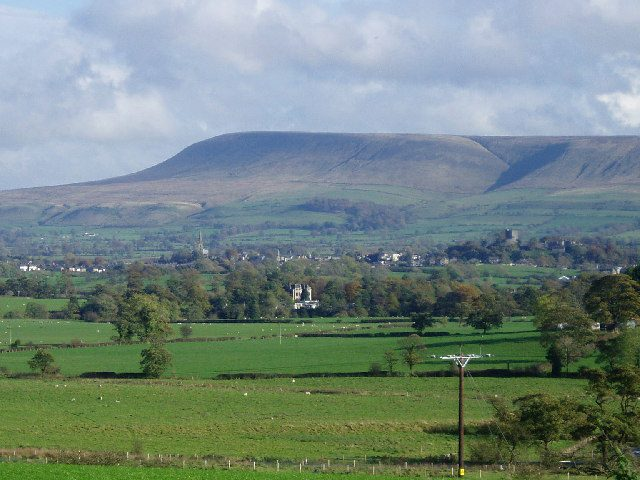 Pendle Hill Lanchashire Witch Trials