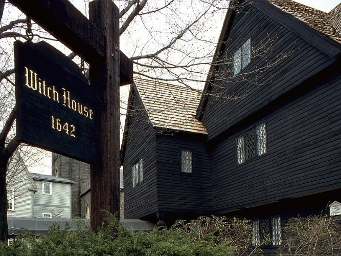 6 of The Most Haunted Places You Can Visit in Salem, Massachusetts